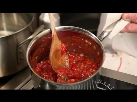 How to Make Basic Marinara Sauces With Diced Tomato Puree : Pasta Dishes & More