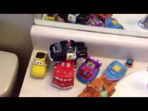 Daddy Chores: How to clean bath toys.