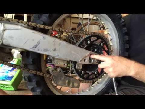 How To Remove The Back Wheel On A Motorcycle