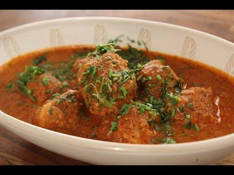Chicken Balls in Spicy Gravy | Sanjeev Kapoor Khazana