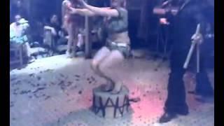 رقص اليسا وهز نهود