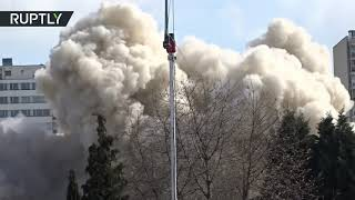 Download 'White Giant' + 290kg of explosives: Skyscraper demolition in Germany Video