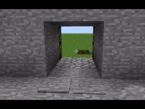 Pressure plates for piston door in Minecraft