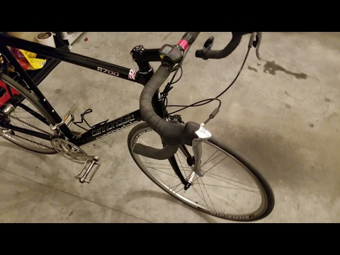 Cannondale R700 CAAD 5 road bike close ups video