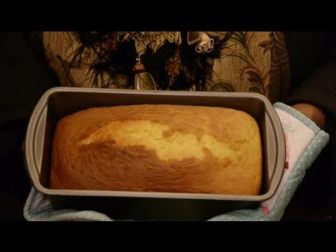 Irish Cream Pound Cake Recipe : Pound Cakes