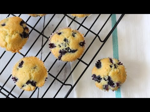 Easy and Moist Blueberry Muffin Recipe