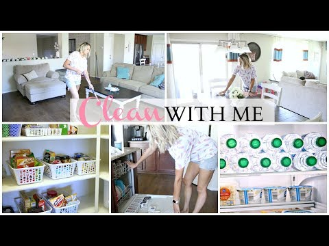 SPEED CLEAN WITH ME 2018 | DOWNSTAIRS | Organize Fridge & Pantry