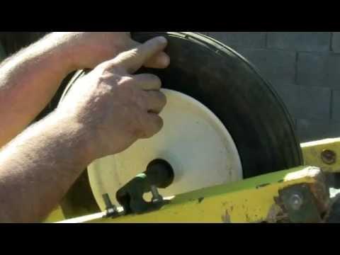 Change a Tire on a Wheelbarrow