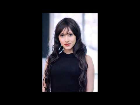 LOVINA YAVARI - Voice Reel