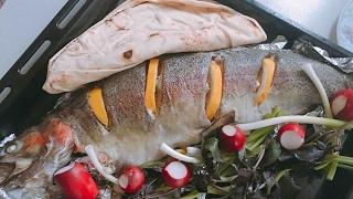 #x202b;سمك السلمون بالفرن اسهل وألذ طريقة لصنع السمك مع المقبلات#x202c;lrm;