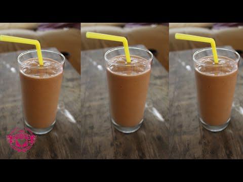 How to make a Banana and Chocolate Milkshake