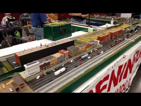 2016 Virginia Beach Train Show - N Scale NTRAK Layout