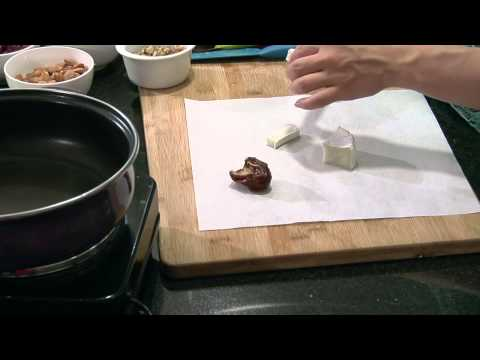 Brie-Stuffed Dates Wrapped in Bacon : Brie Recipes