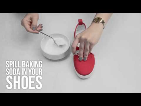 How to remove bad stink from your shoes I DIY