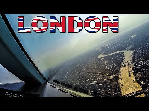 TRICKY LANDING for Pilots but AMAZING LONDON VIEWS!