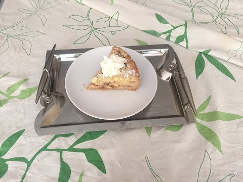 Homemade Apple & Pear Crumble Pie | تارت التفاح والإجاص سهلة ولذيذة
