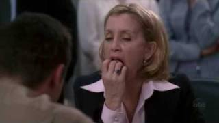 Desperate Housewives - Lynette Eats Raw Bacon