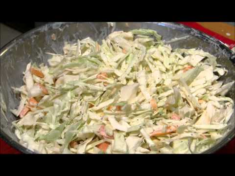 How to make Creamy Cole Slaw - Quick and Easy Homemade Cole Slaw