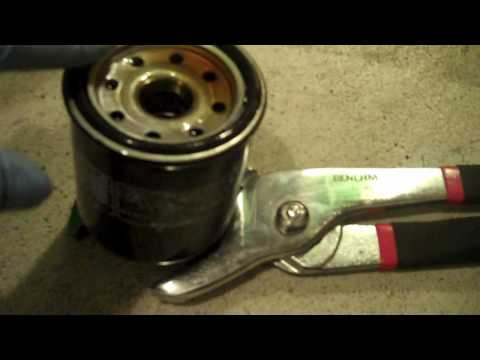 Basic Motorcycle Maintenence Oil and Oil Filter Change Part 5/5
