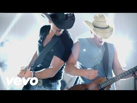 Kenny Chesney, Tim McGraw - Feel Like A Rock Star