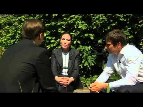 Sylvie Ouziel & Dimitri Xavier -- Accenture : Les business models bouleverses par l'Innovation