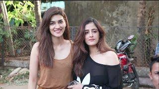 Kriti Sanon With Sister Nupur Sanon Spotted Aram Nagar Versova