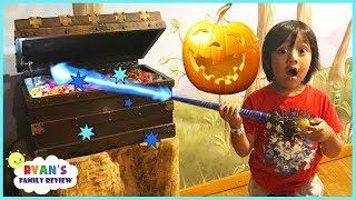 Great Wolf Lodge Indoor MagiQuest Family Fun Kid Activities for Children Halloween