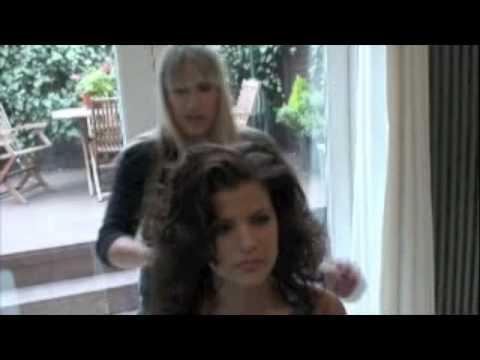 Cheryl Cole Big Tonged Wavy Hair