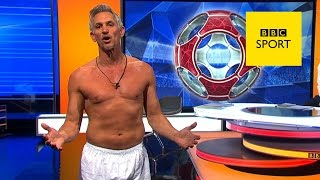 Gary Lineker presents Match of the Day in his pants - BBC Sport