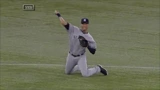 MLB Throws From the Knees