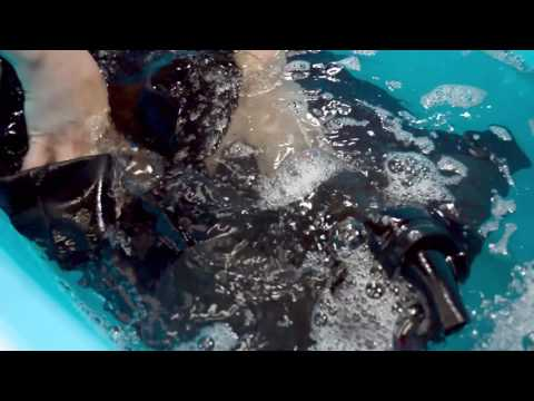 How to Clean a Wetsuit | Wetsuit Wearhouse