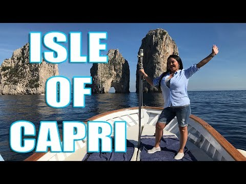 Isle of Capri Italy - A Day Trip You Can NOT Miss!