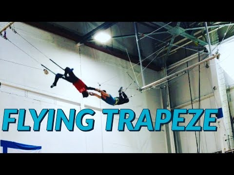 Trying Flying Trapeze for the first time - ultraTrapeze - Flying trapeze experience