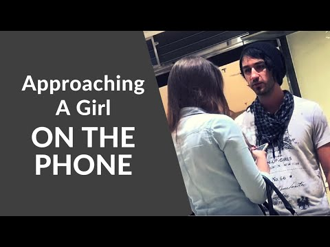 Approaching a Girl on the Phone | Infield Footage
