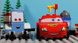 Lego Disney Cars Racing Francesco steals Piston Cup - is Lightning McQueen able to recover it?