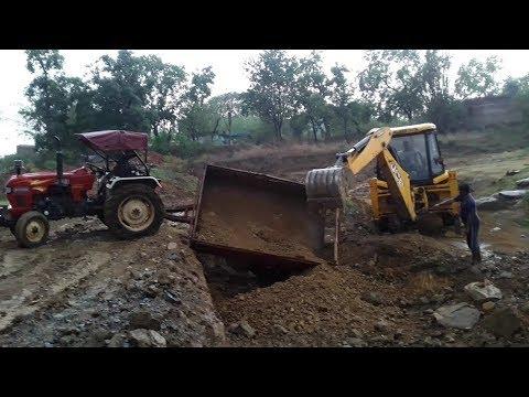 EICHER Tractor 368 फस गया गड़ा में। चलिए देखते हैं JCB ने कैसे उठाया ? Resuce Operation