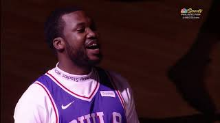 Meek Mill gets standing ovation by Philadelphia 76ers and Kevin Hart!