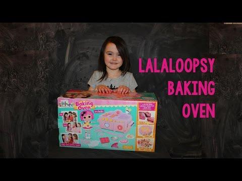 Lalaloopsy Baking Oven & Making Strawberry Cake