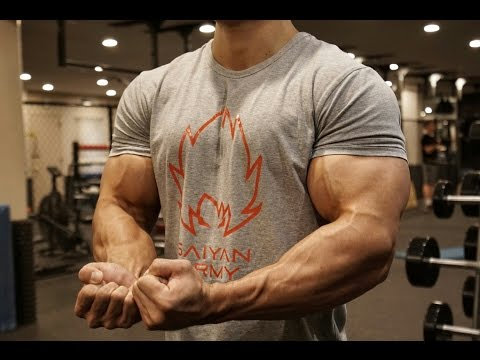 BIG BICEPS EXERCISE