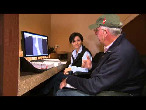 VetsOnCall – Vet works high-stakes horse auctions