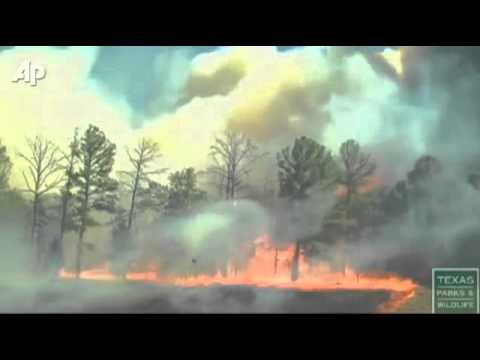 Raw Video Shows How Quickly Bastrop, TX Wildfire Spreads - 9/6/11