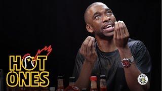 Jay Pharoah Reviews Hot Sauce as Will Smith, Jay Z, Denzel Washington, and More | Hot Ones