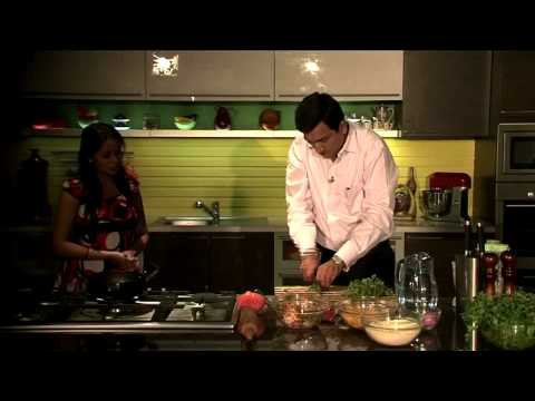 Chana Dal and Onion Pakoda | Chef Sanjeev Kapoor