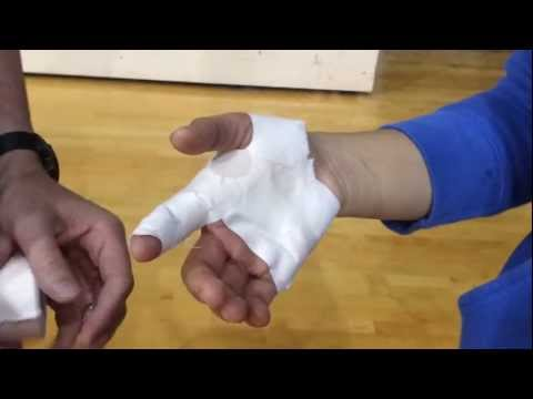 MCP Joint Taping | How to Tape Your Sprained Finge