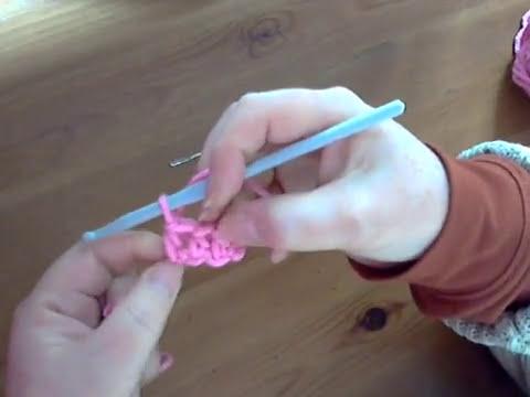 How to do A UK Half Treble Crochet Stitch