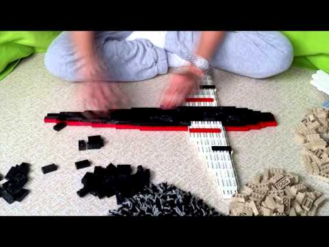 Building a massive lego propeller plane