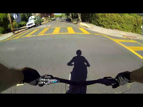 URBAN FREERIDE 3 - FIELD MOBBING, ROLLING CHAIN JAM FIX & DOWNTOWN MADNESS