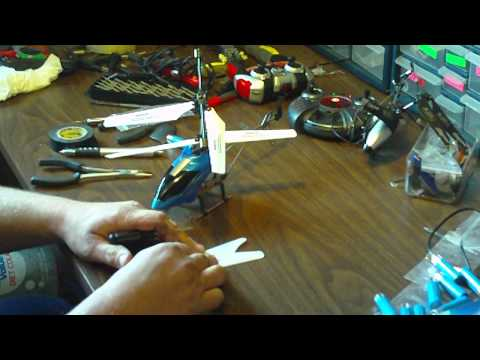 How to change your rc helicopter blades.MOV