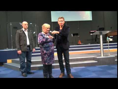 Cystic Fibrosis symptoms leave after prayer - John Mellor Healing Ministry