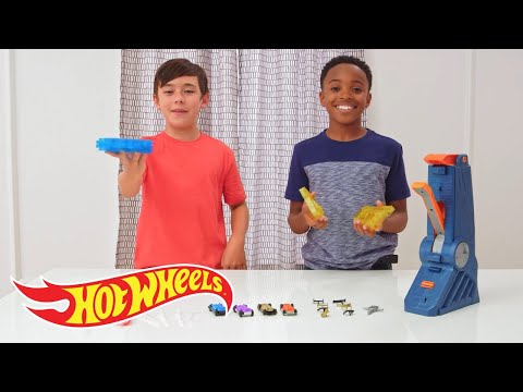 How To Create & Customize with the Fusion Factory | Challenge Accepted! | Hot Wheels